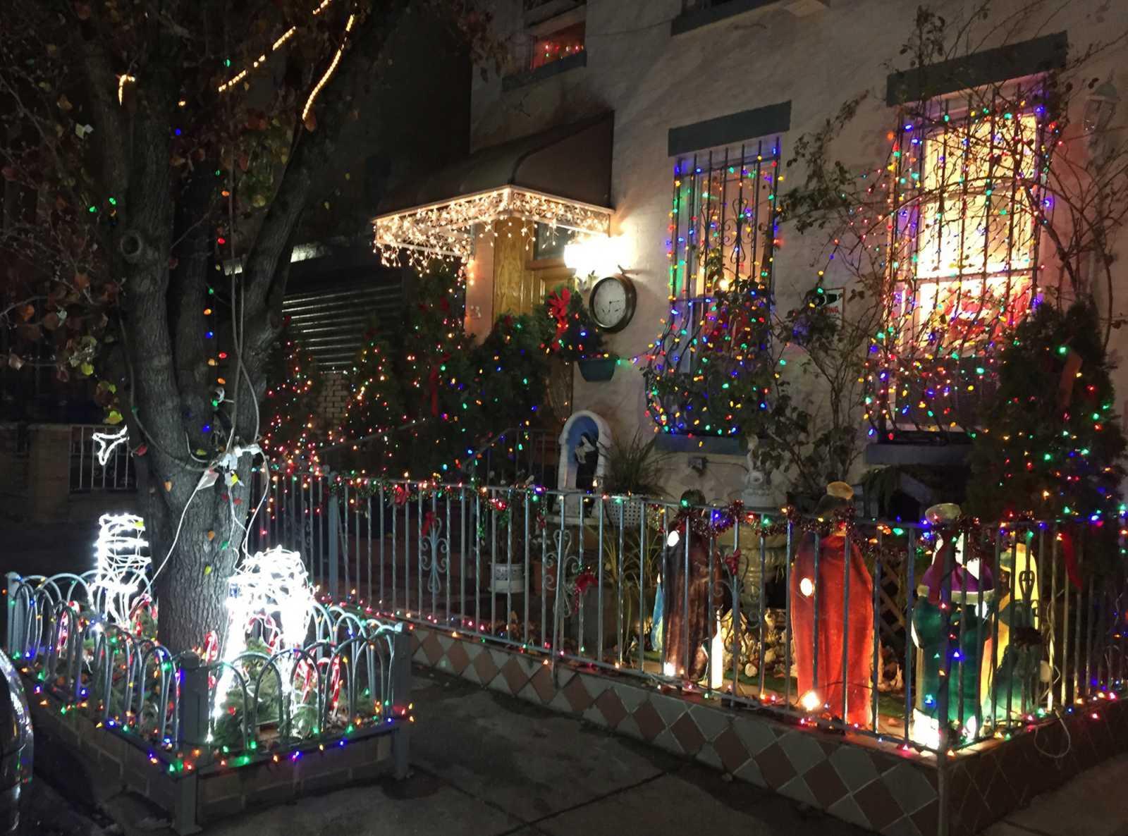 Wann Macht Man Die Weihnachtsbeleuchtung An.Weihnachtsbeleuchtung Aus Ab 22 Uhr Experte Warnt Vor
