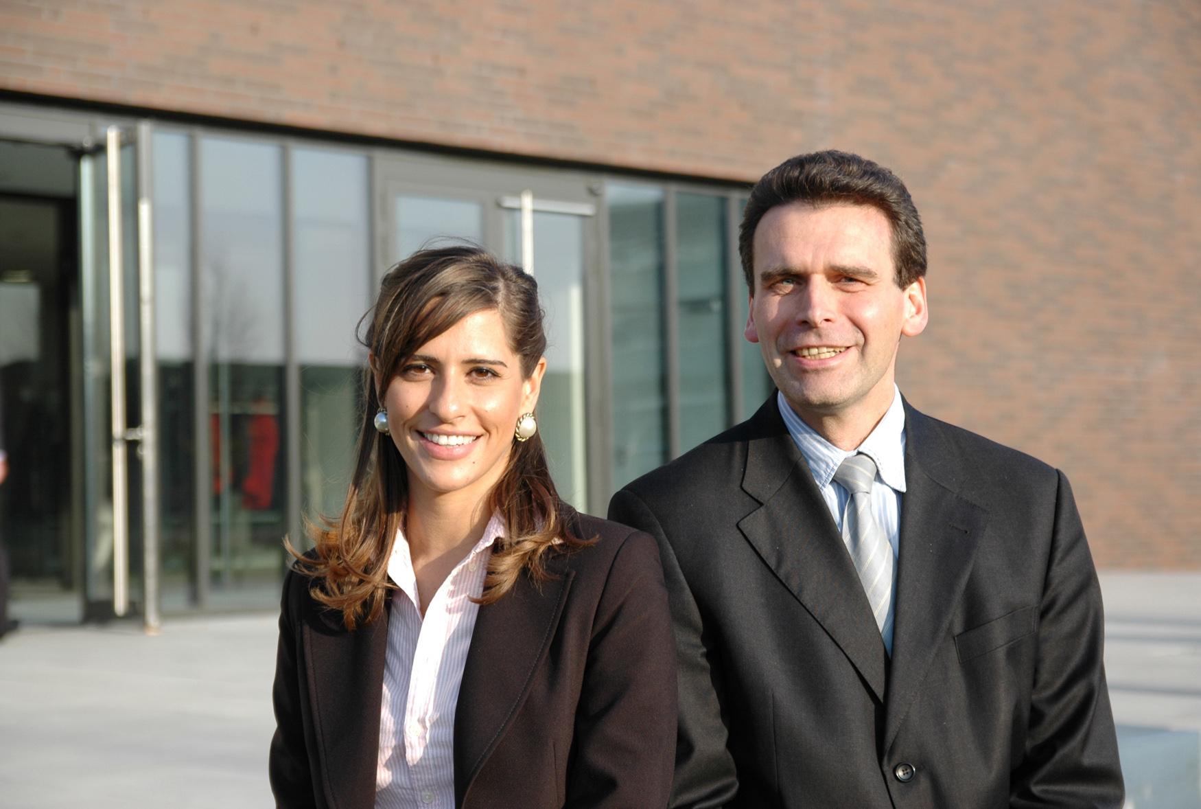 Die DAAD-Preisträgerin mit Dekan