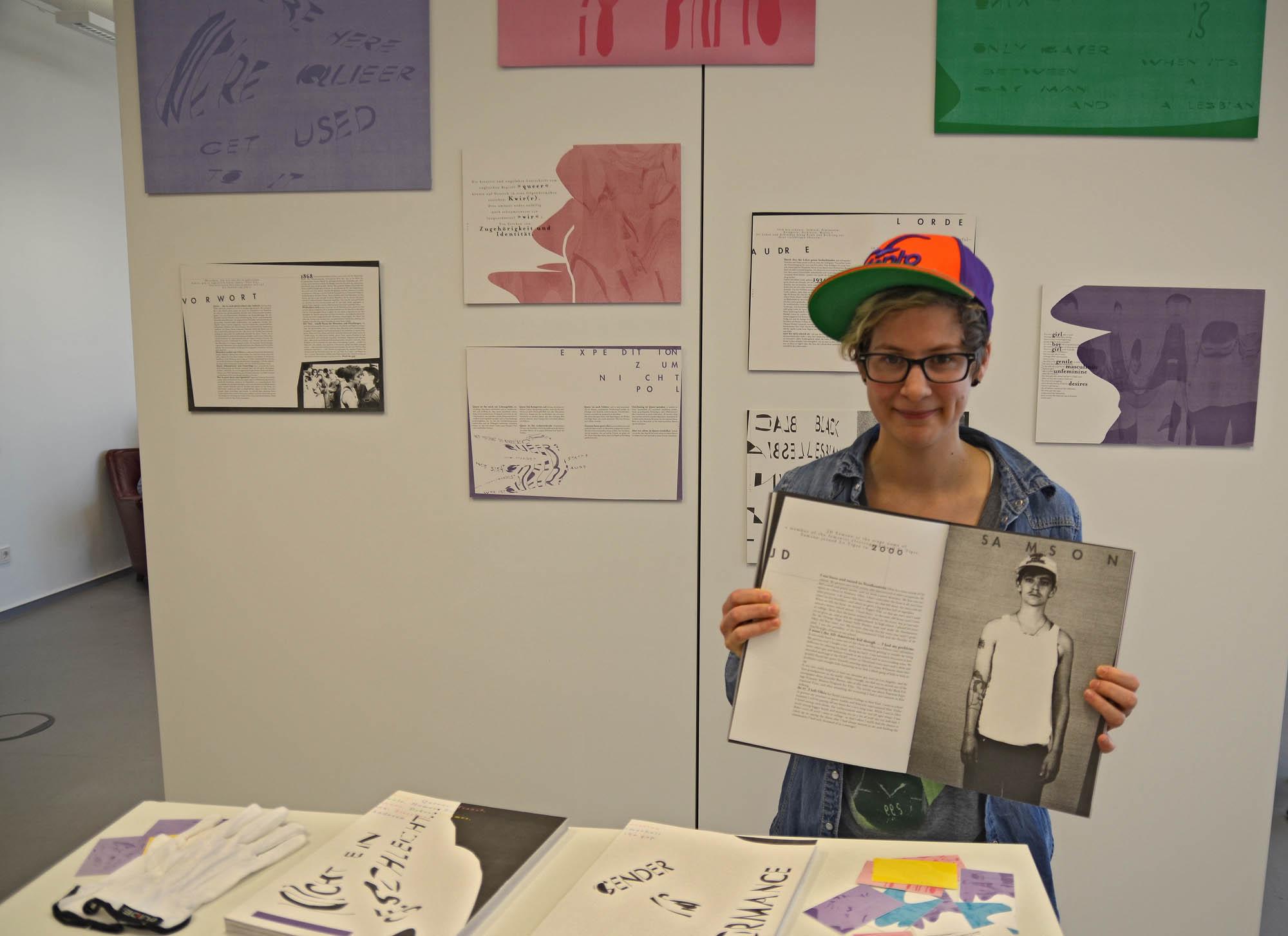 Störrisch: So nennt Marie-Christina Latsch die Typografie, die sie für ihr Buch über Menschen mit einem Lebenskonzept außerhalb der gesellschaftlichen Geschlechternormen gewählt hat.