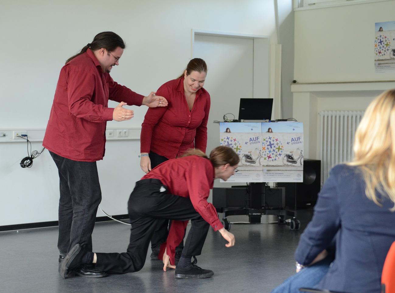 """Improtheater """"Scharf im Wolfspelz"""""""