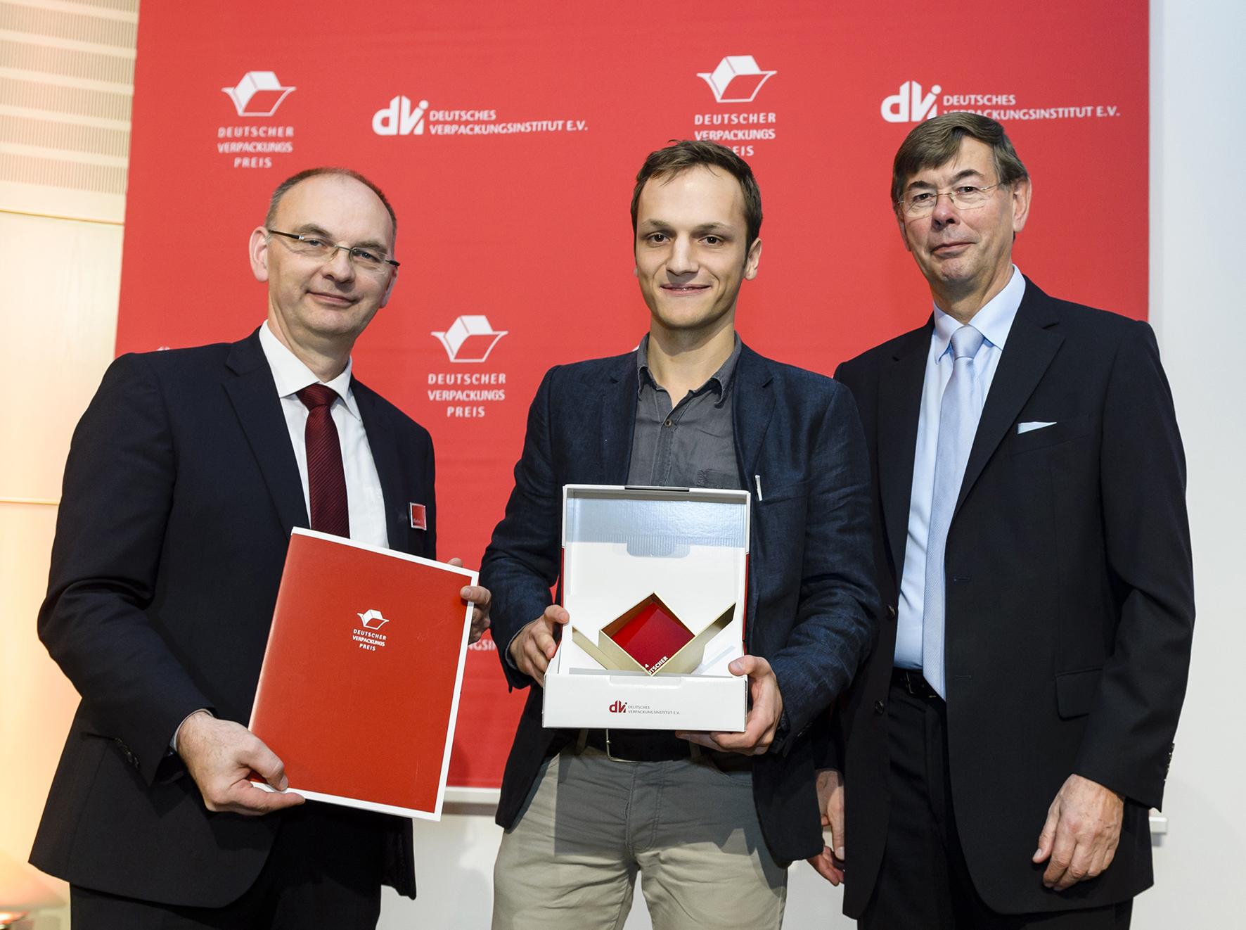 FH-Student Jonas Dinkhoff bei Preisverleihung