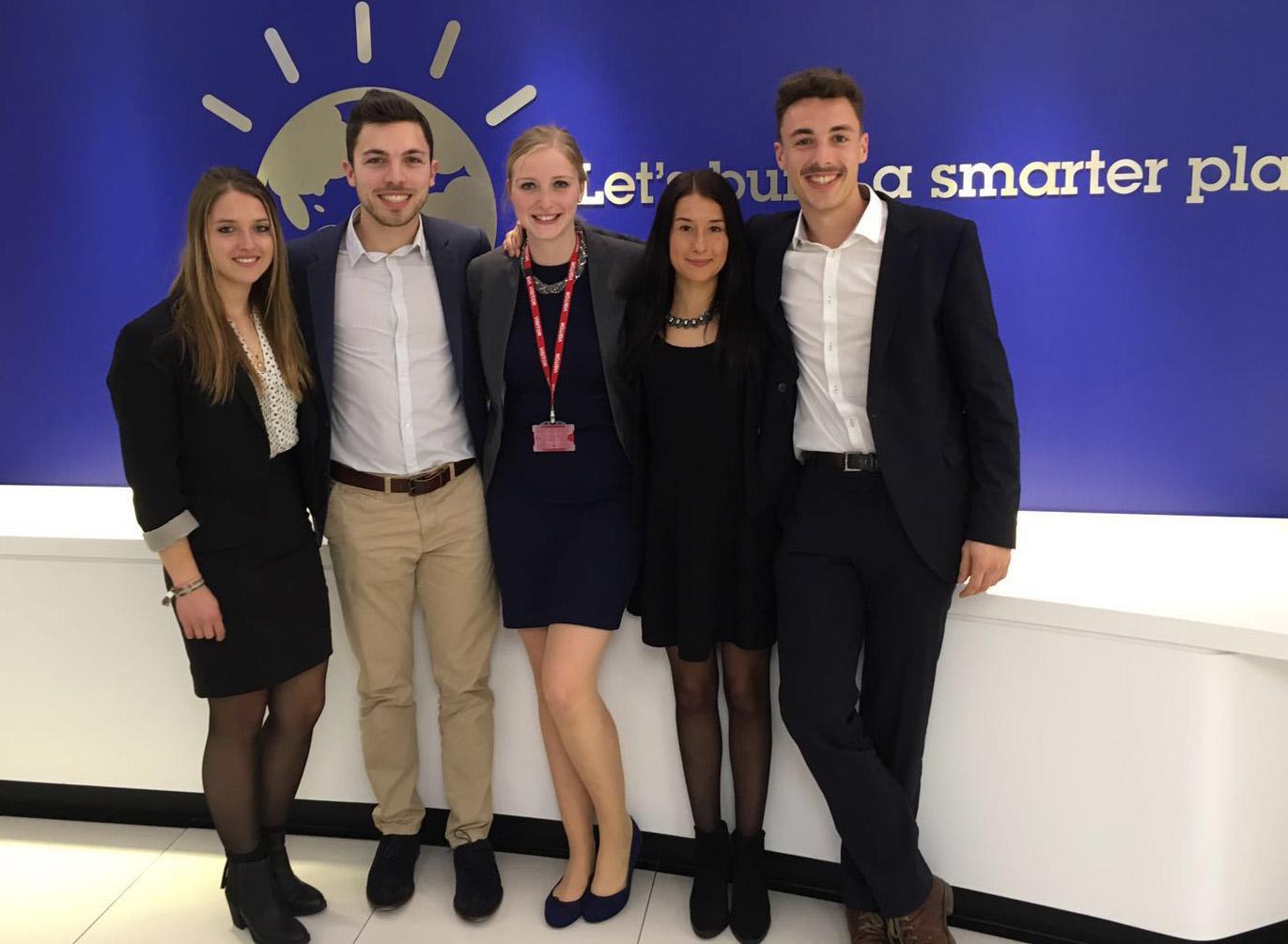 Das Gewinnerteam (v.l.): Lea Stöber, Vincent Jost, Hanna Büscher, Lea Fuchs und Louis Wagner. (Foto: privat)