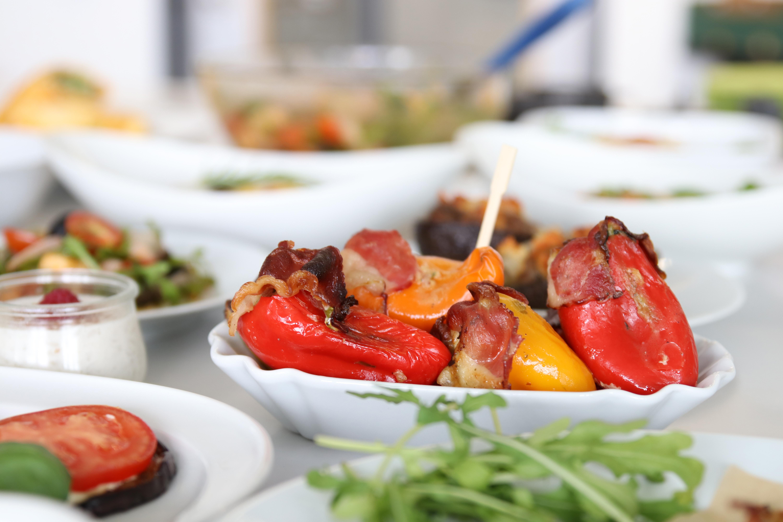 Gefüllte Paprika mit sehr hohem Fettanteil und andere Mahlzeiten für die ketogene Ernährung