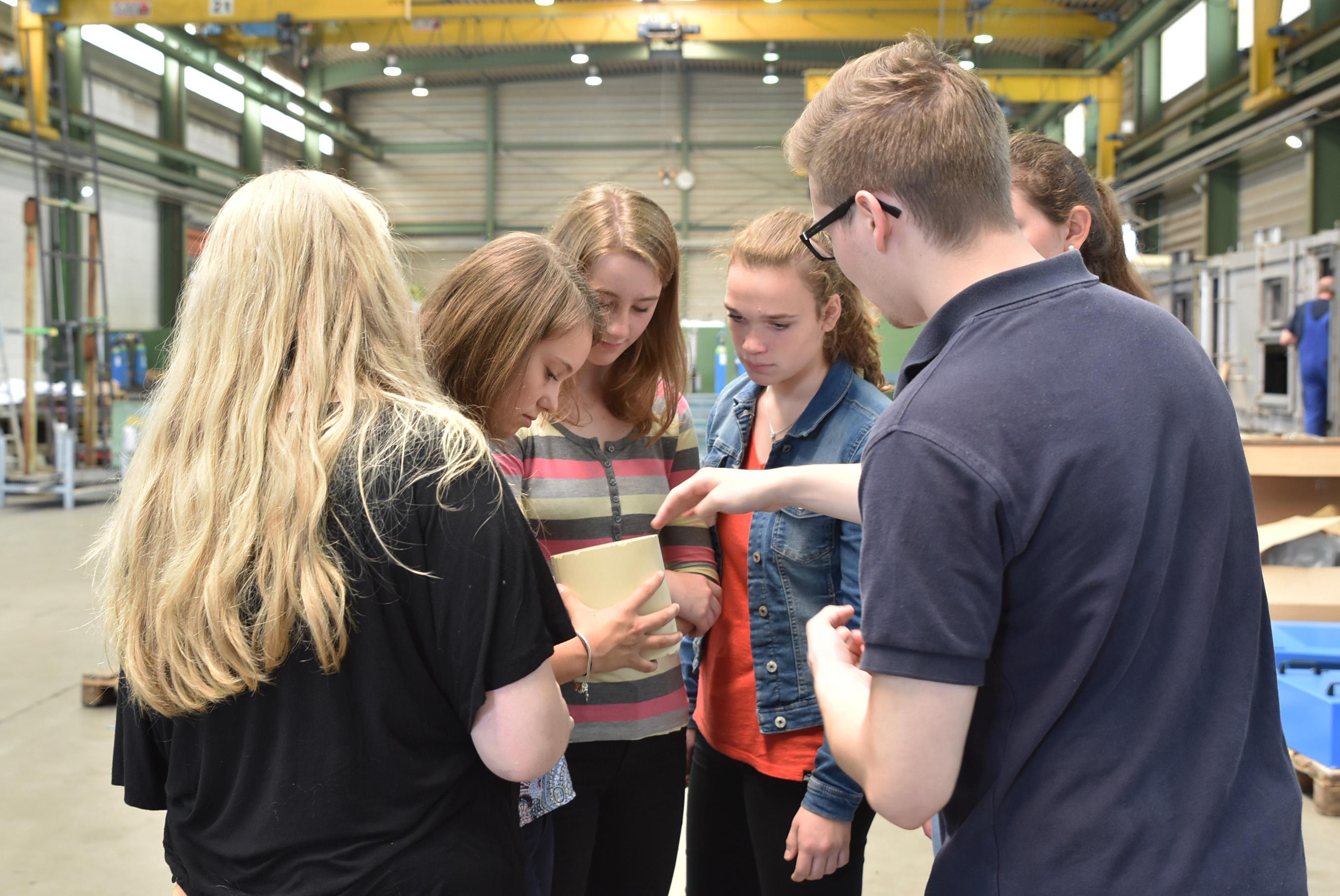 Schülergruppe bei Münstermann