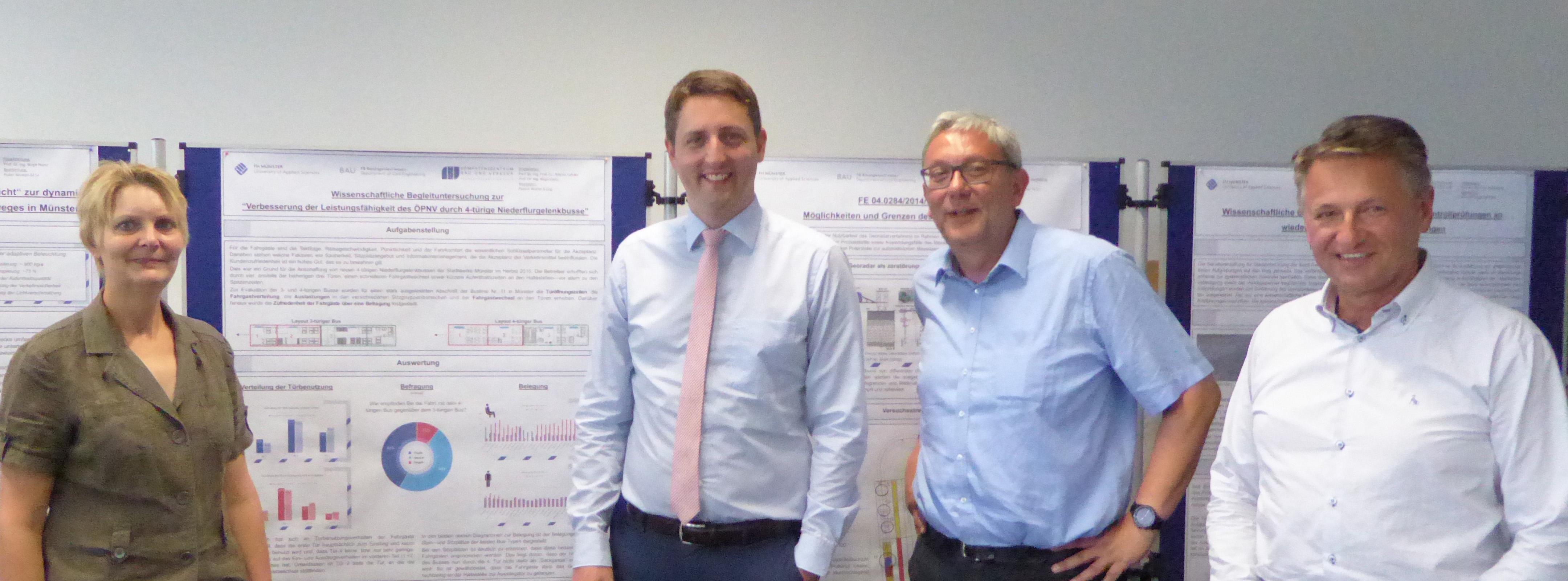 Stadtbaurat mit Professoren Hartz, Weßelborg und Lühder
