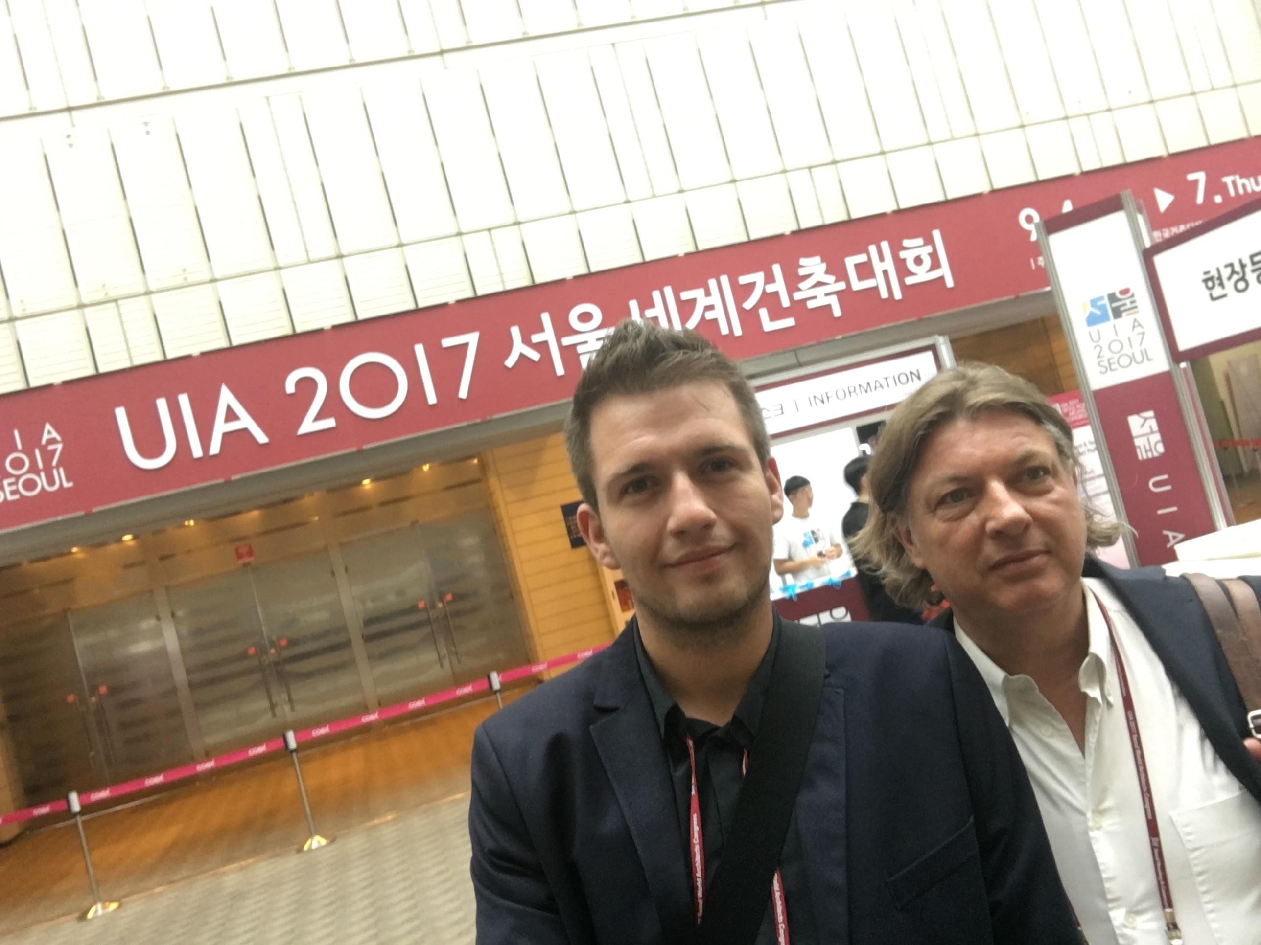 Tim Christossek und Prof. Weischer