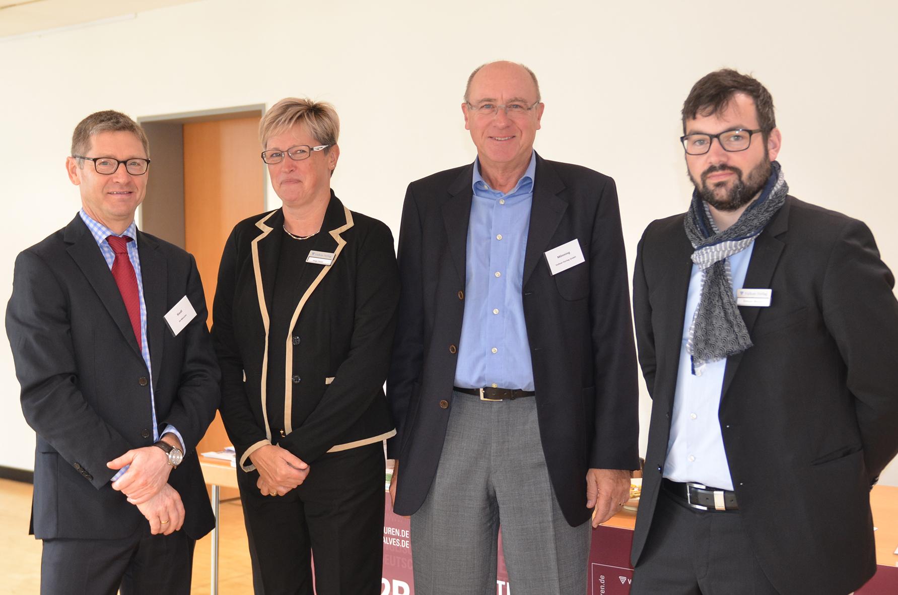 Prof. Dr. Alexander Riedl, Helga Pelzer, Wolfgang Mönning und Simon Meyer