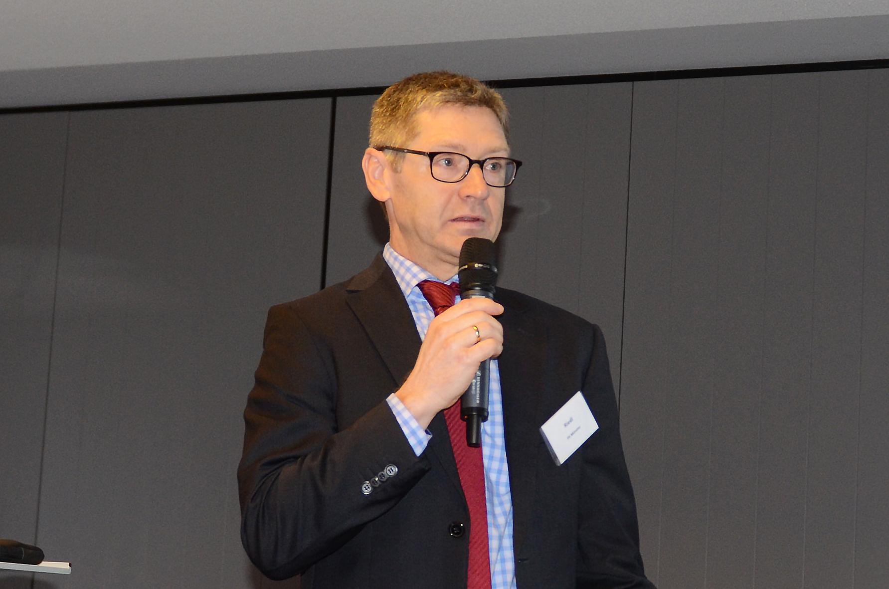 Prof. Dr. Alexander Riedl