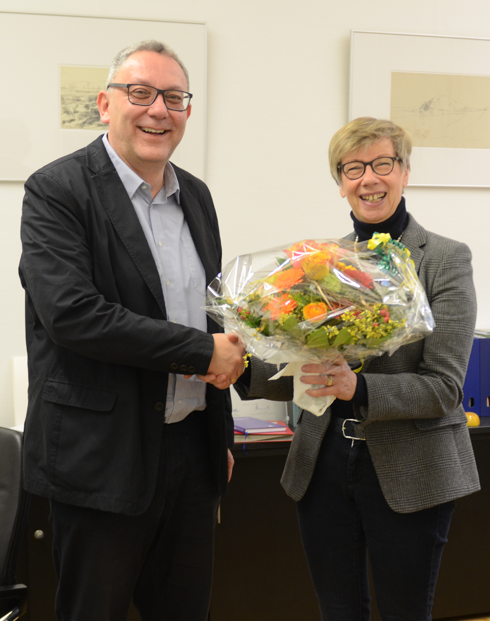 Prof. Dr. Hans-Hermann Weßelborg und FH-Präsidentin Prof. Dr. Ute von Lojewski