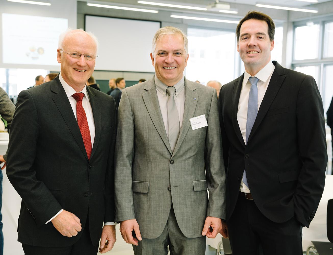 Frank-Michael Baumann, Prof. Dr. Christof Wetter und Vizepräsident Carsten Schröder