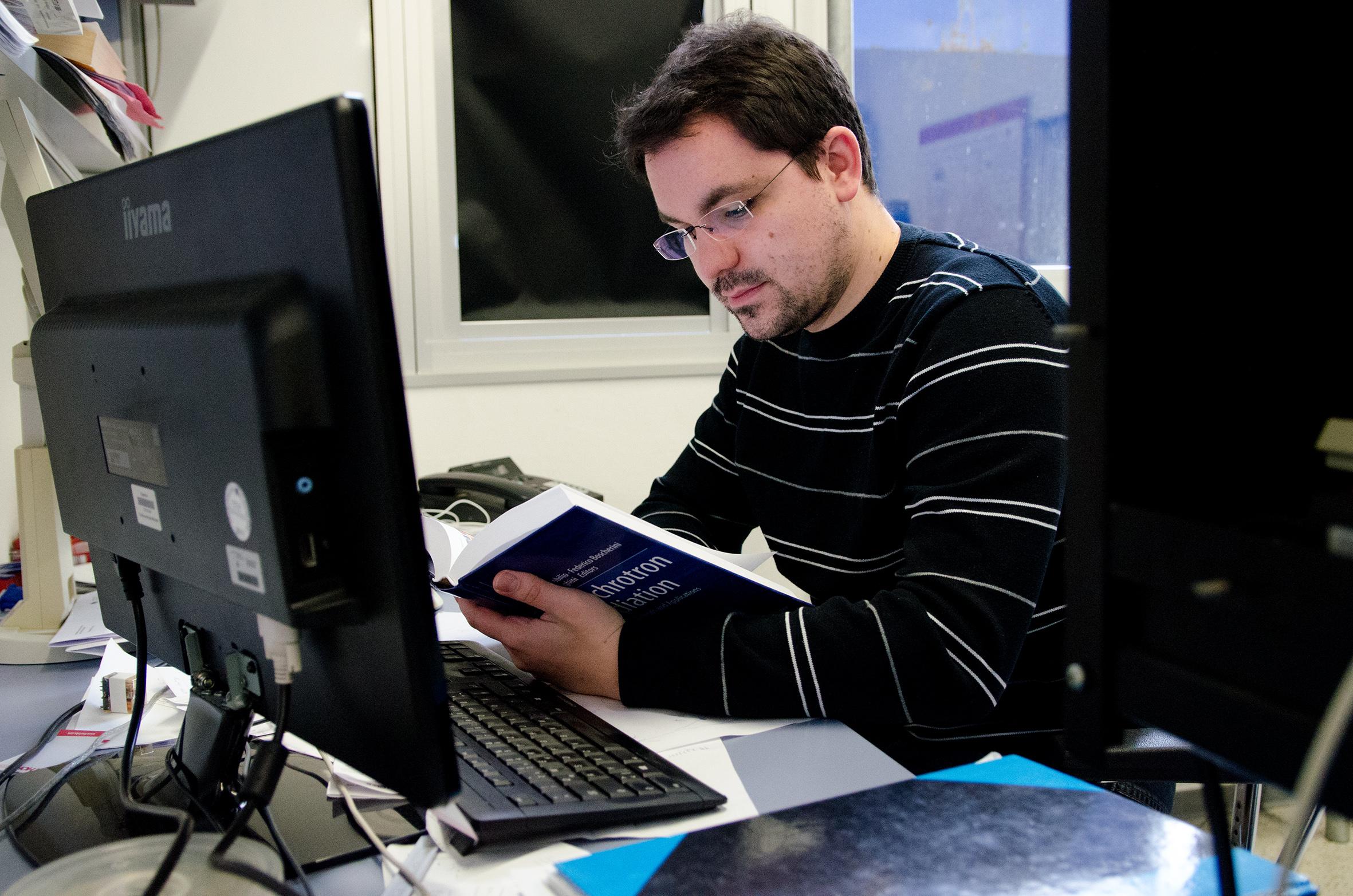 Schümmer liest in Fachliteratur