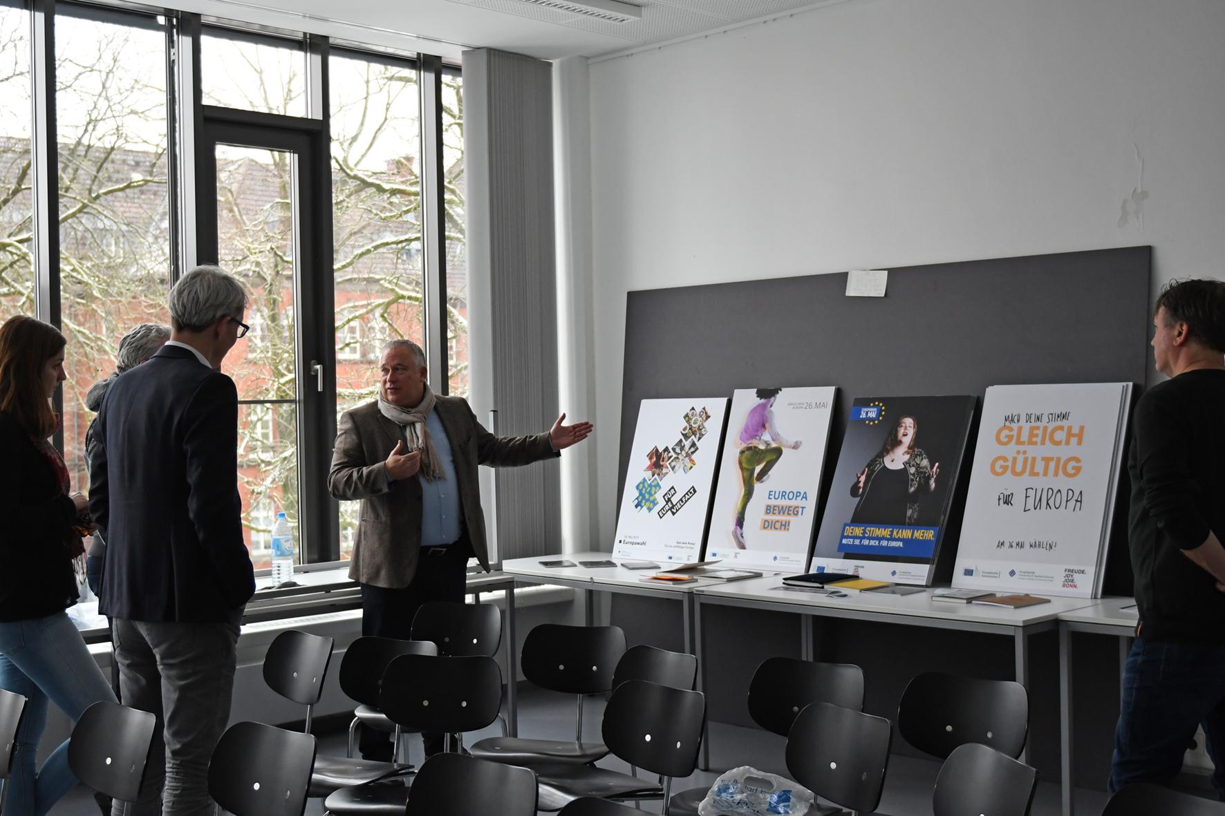 Jochen Pöttgen in der Diskussion mit der Jury