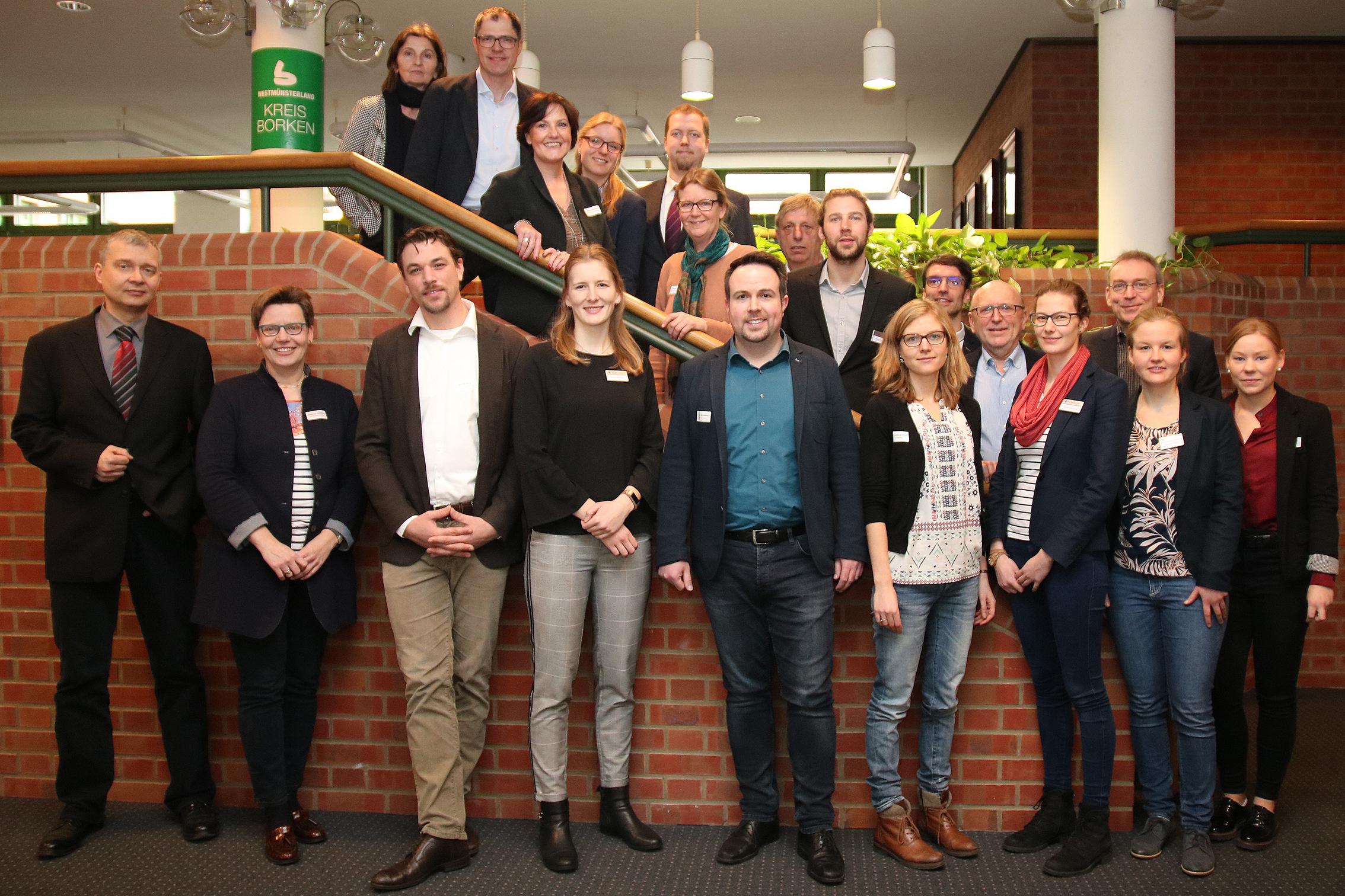 Das gesamte Projektteam beim ersten Netzwerktreffen im Kreishaus Borken