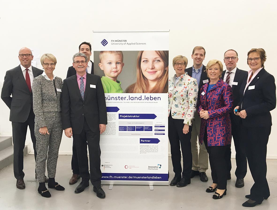 """Projektbeteiligte beim Auftakt von """"münster.land.leben"""""""