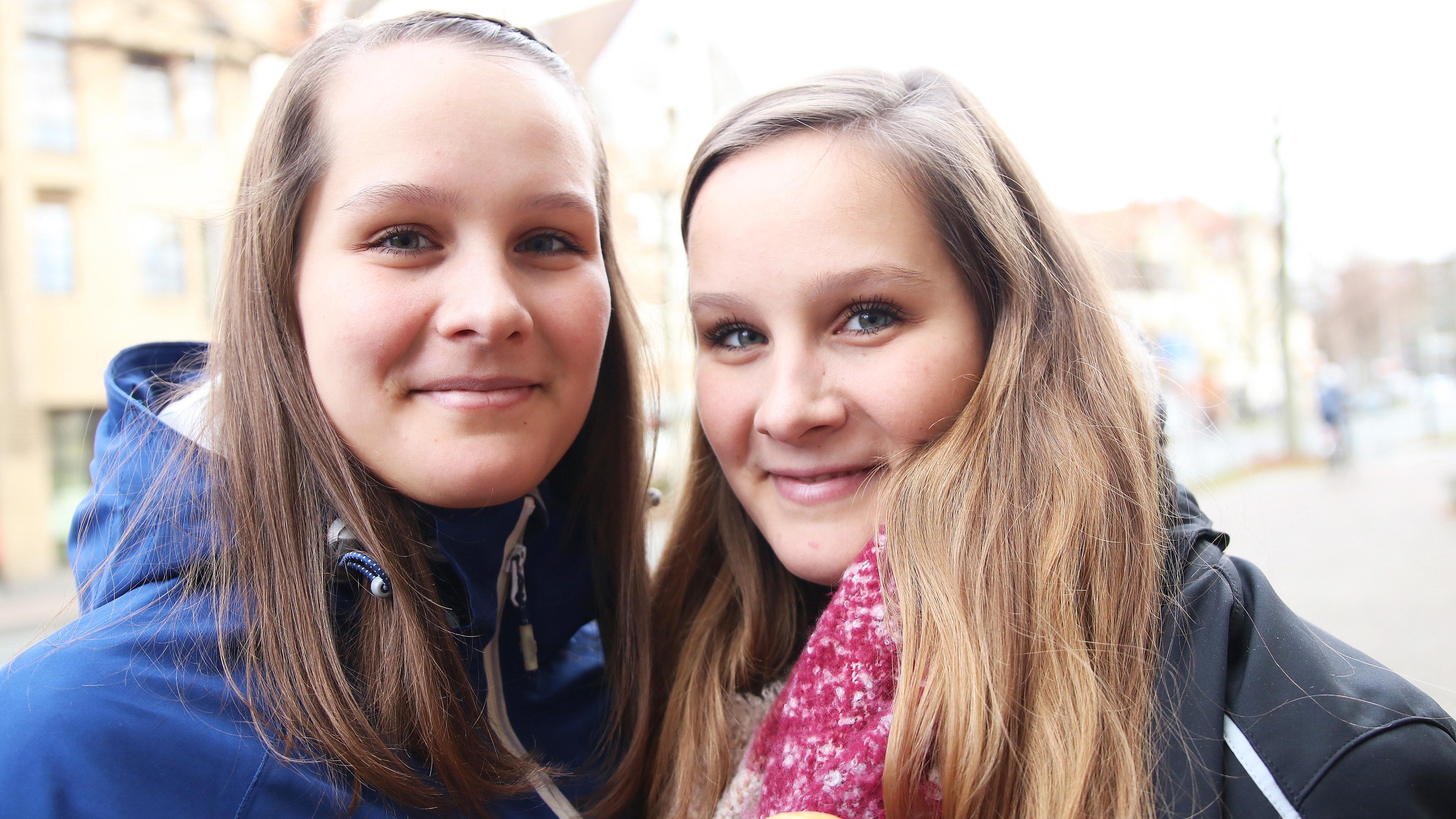Die eineiigen Zwillingsschwestern Sarah und Lena Stengl haben ein Fastenexperiment gemacht.