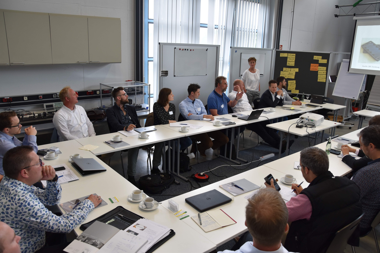 Konferenz im Labor