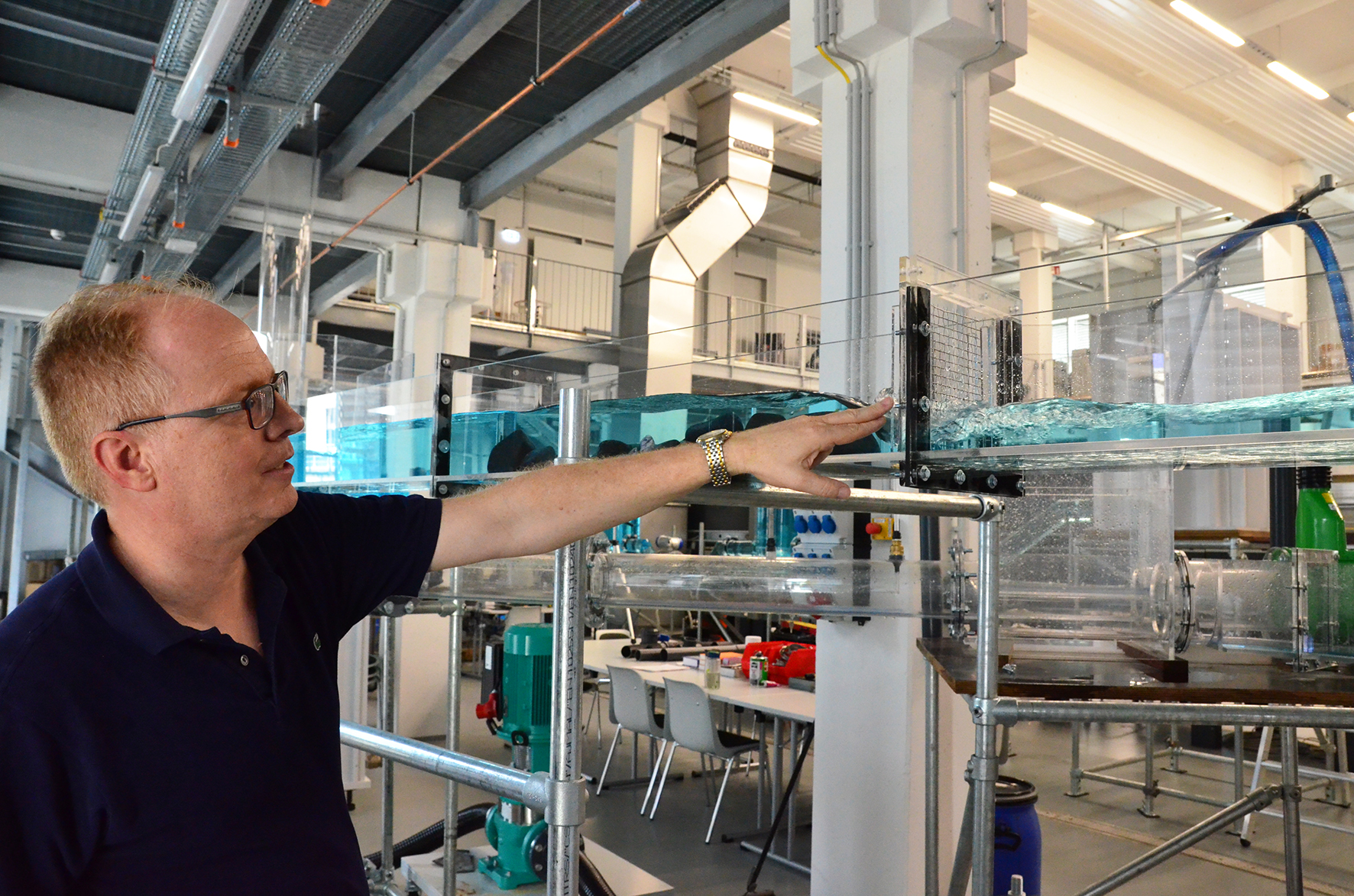 Grüning am Kanalnetz aus Acrylglas