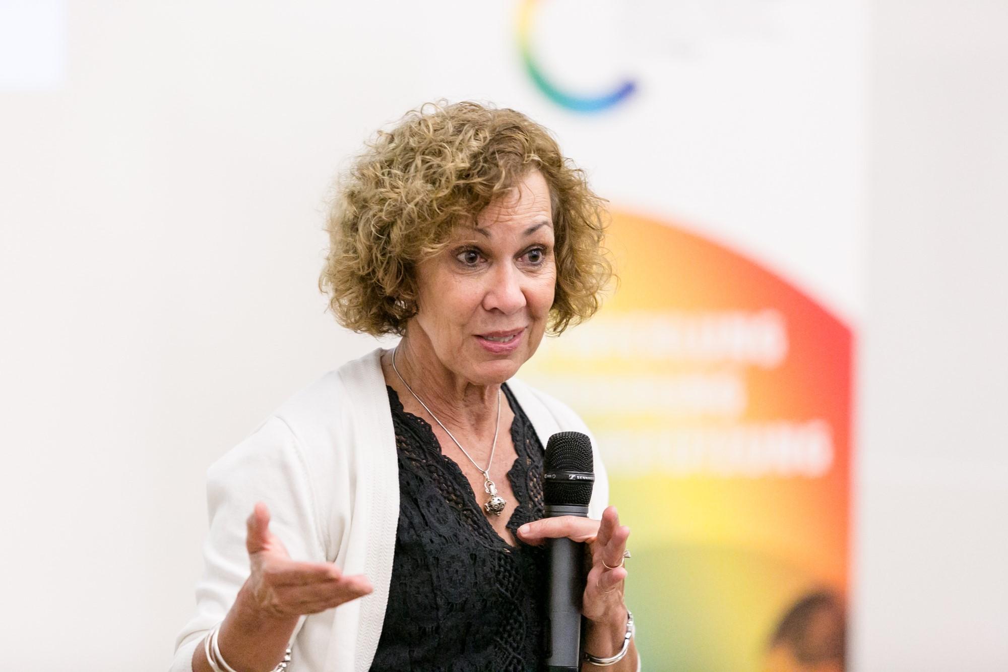 Dr. Pamela Jeffries