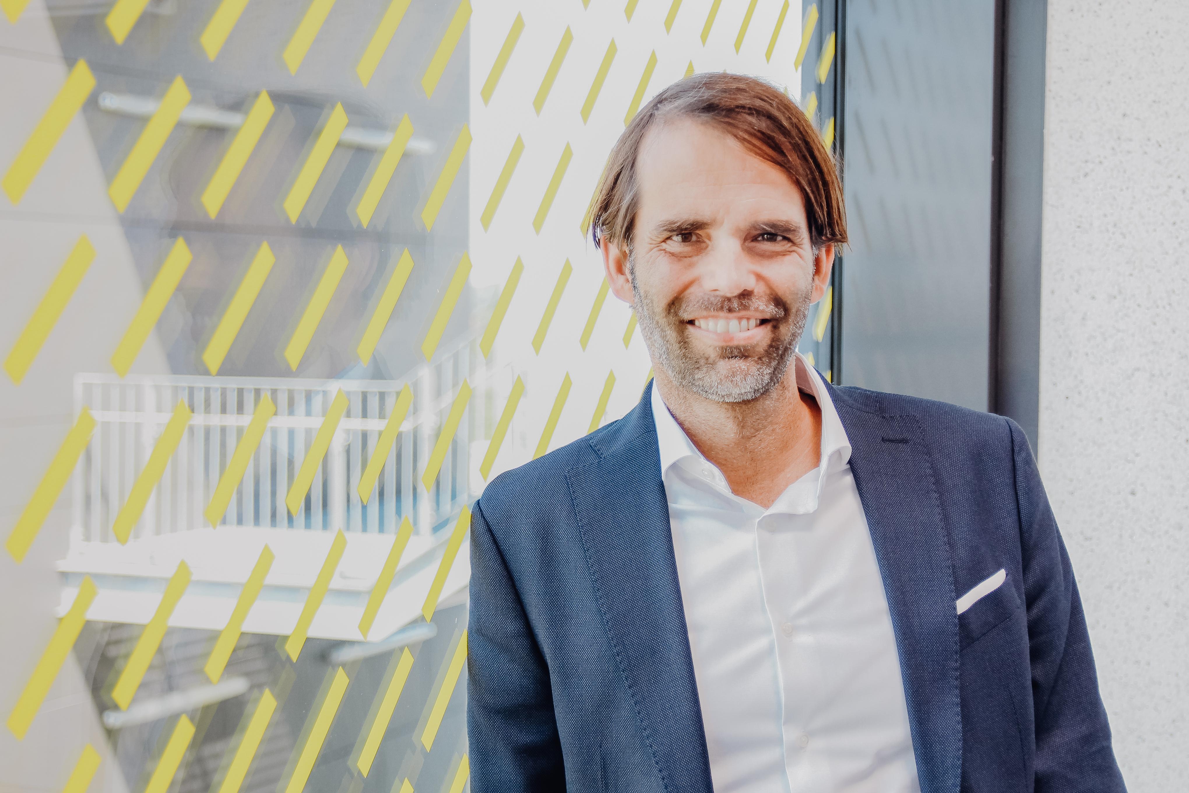 Das Foto zeigt Prof. Dr. Ralf Ziegenbein, der an der FH Münster den Lehrstuhl für Operations and Process Management innehat.