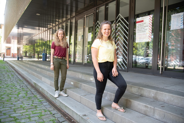 Annemarie Woeste (l.) und Carolin Schmid