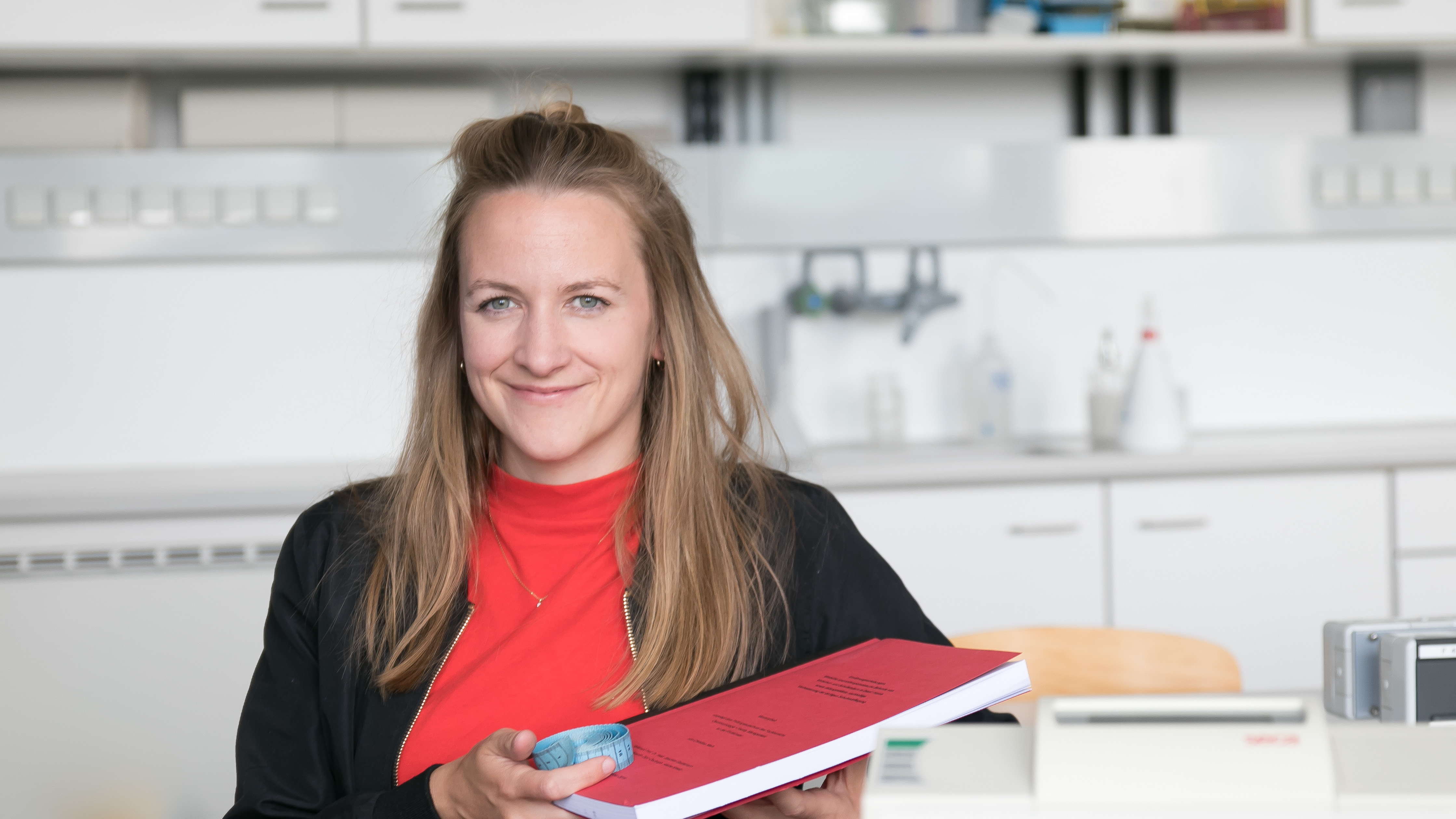 Christina Niers im Labor für Ernährungsmedizin am Fachbereich Oecotrophologie – Facility Management der FH Münster