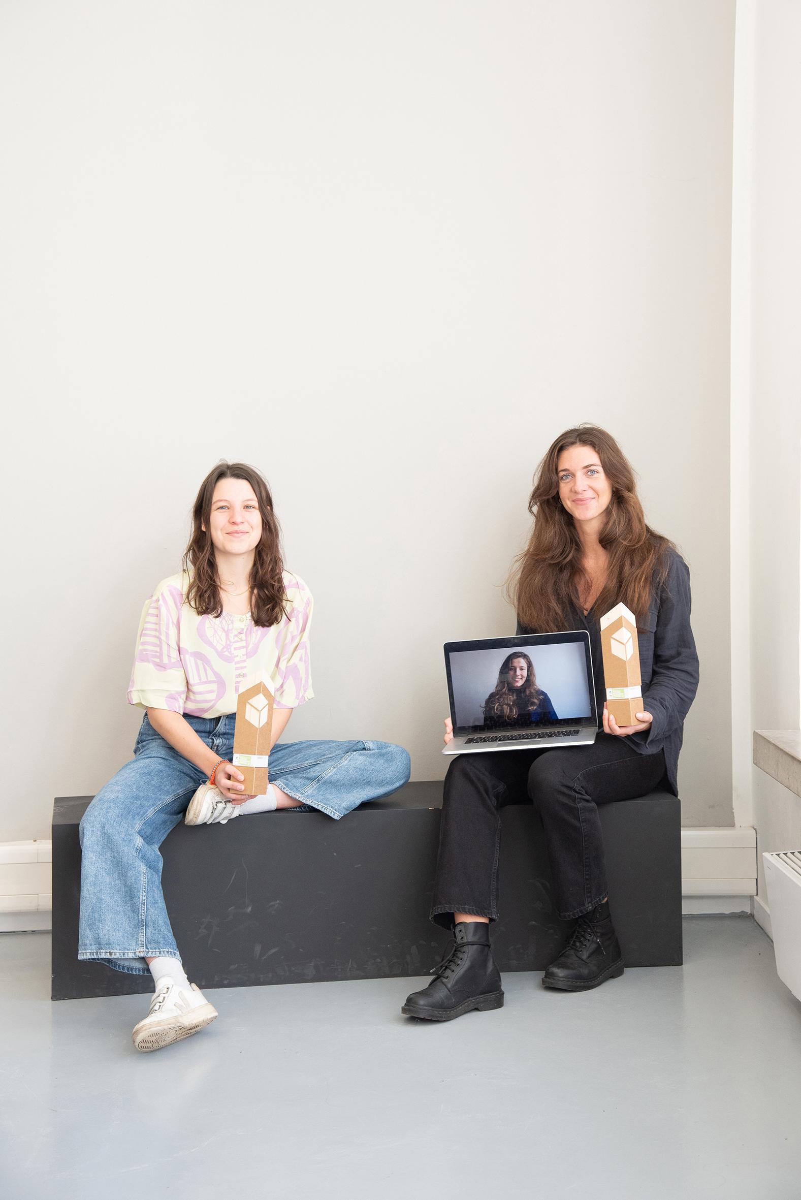 Maureen Madou Seel, Mirjam Bauer und – am Laptop zugeschaltet – Nora Karl