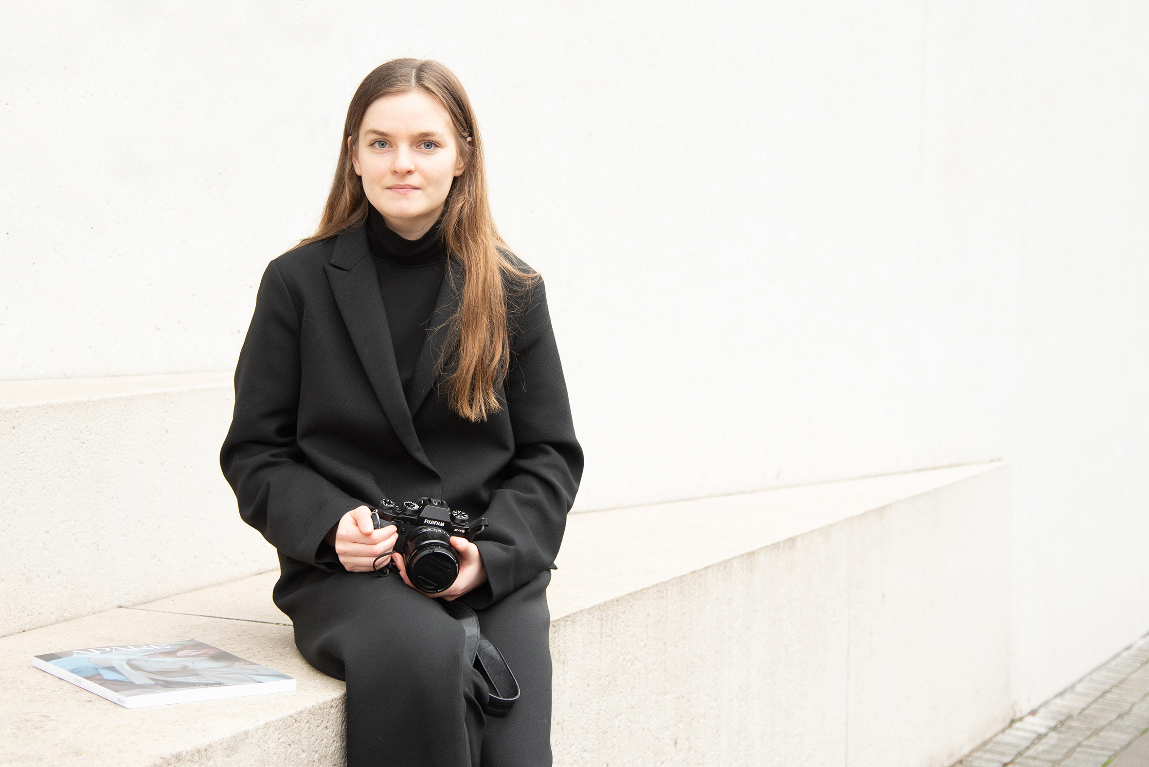 Angelina Gergenreder vor dem LWL-Museum in Münster