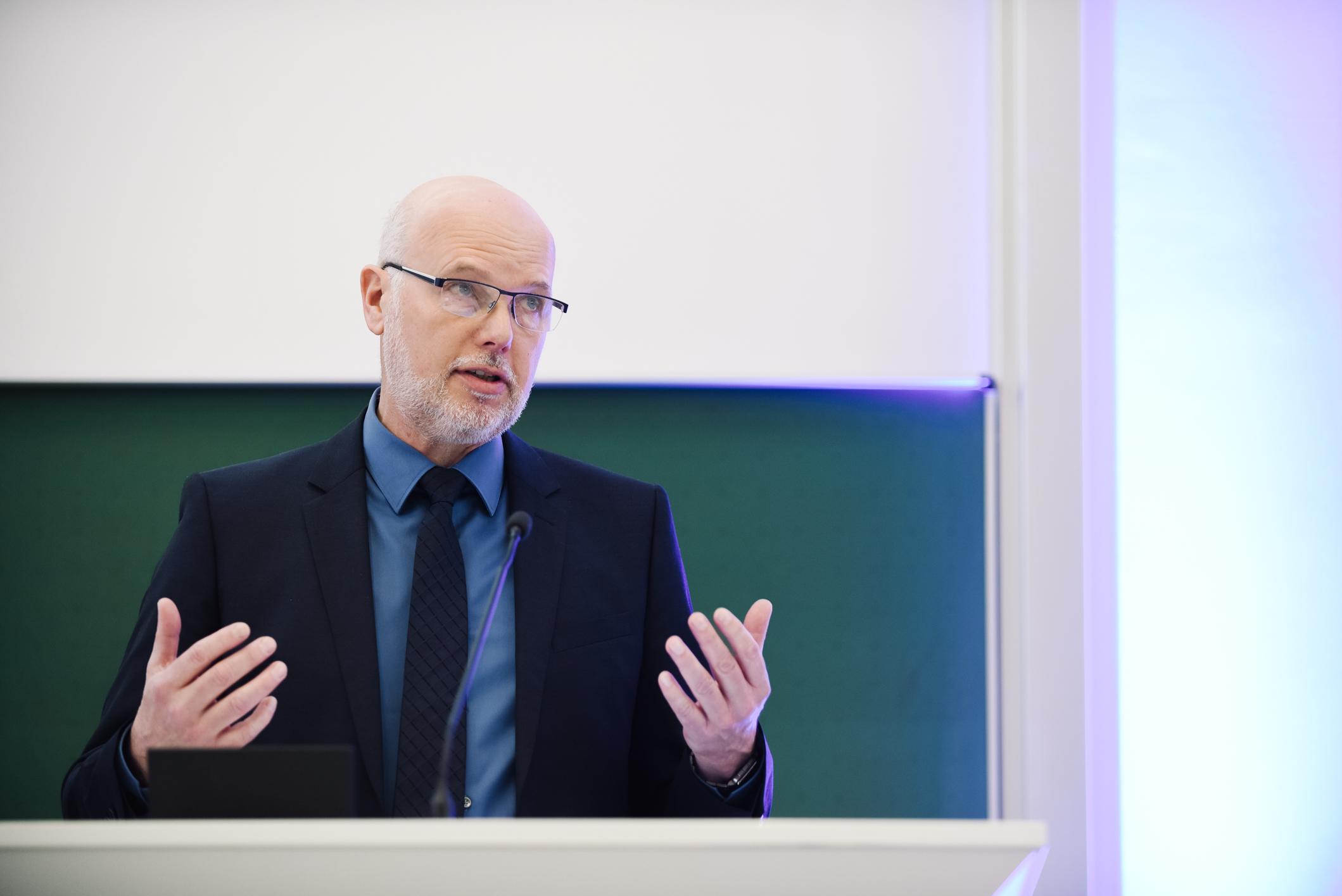 Prof. Dr. Bernd Boiting