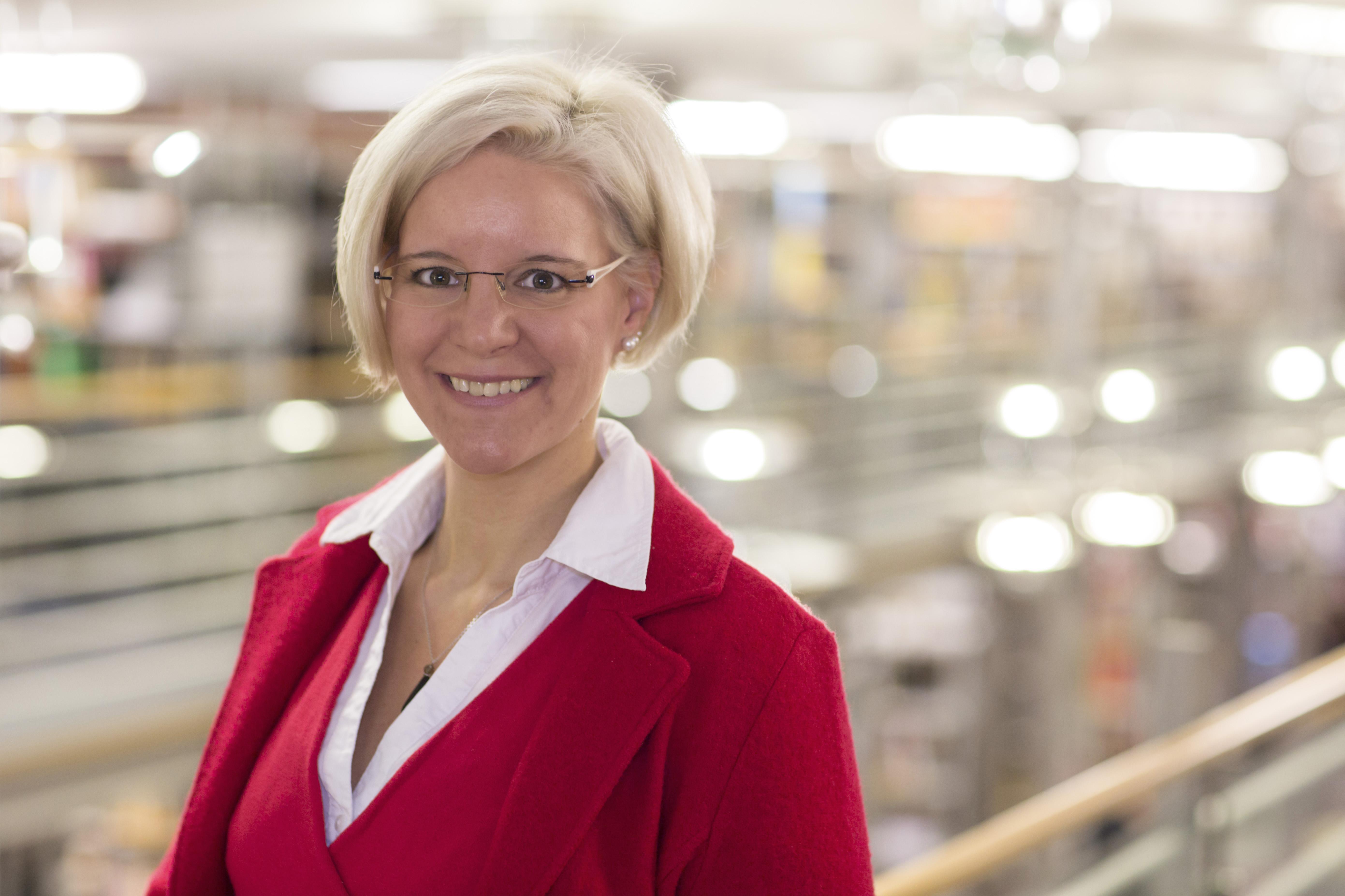 Prof. Dr. Anke Menzel-Begemann