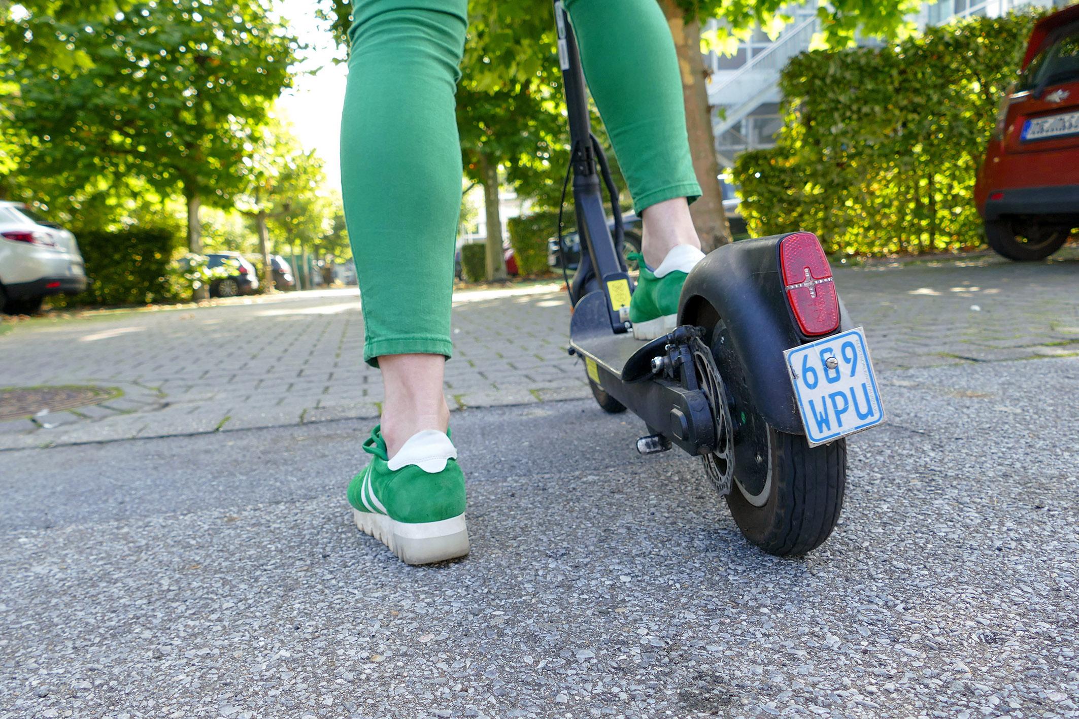 E-Scooter auf der Straße