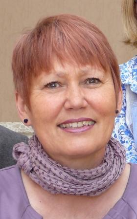 Petra Hiller